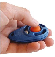 StarMark Clicker for training dog